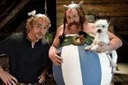 Asterix a Obelix ve službách jejího veličenstva download ke stažení
